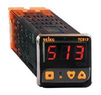 Bộ điều khiển nhiệt độ TC513AX